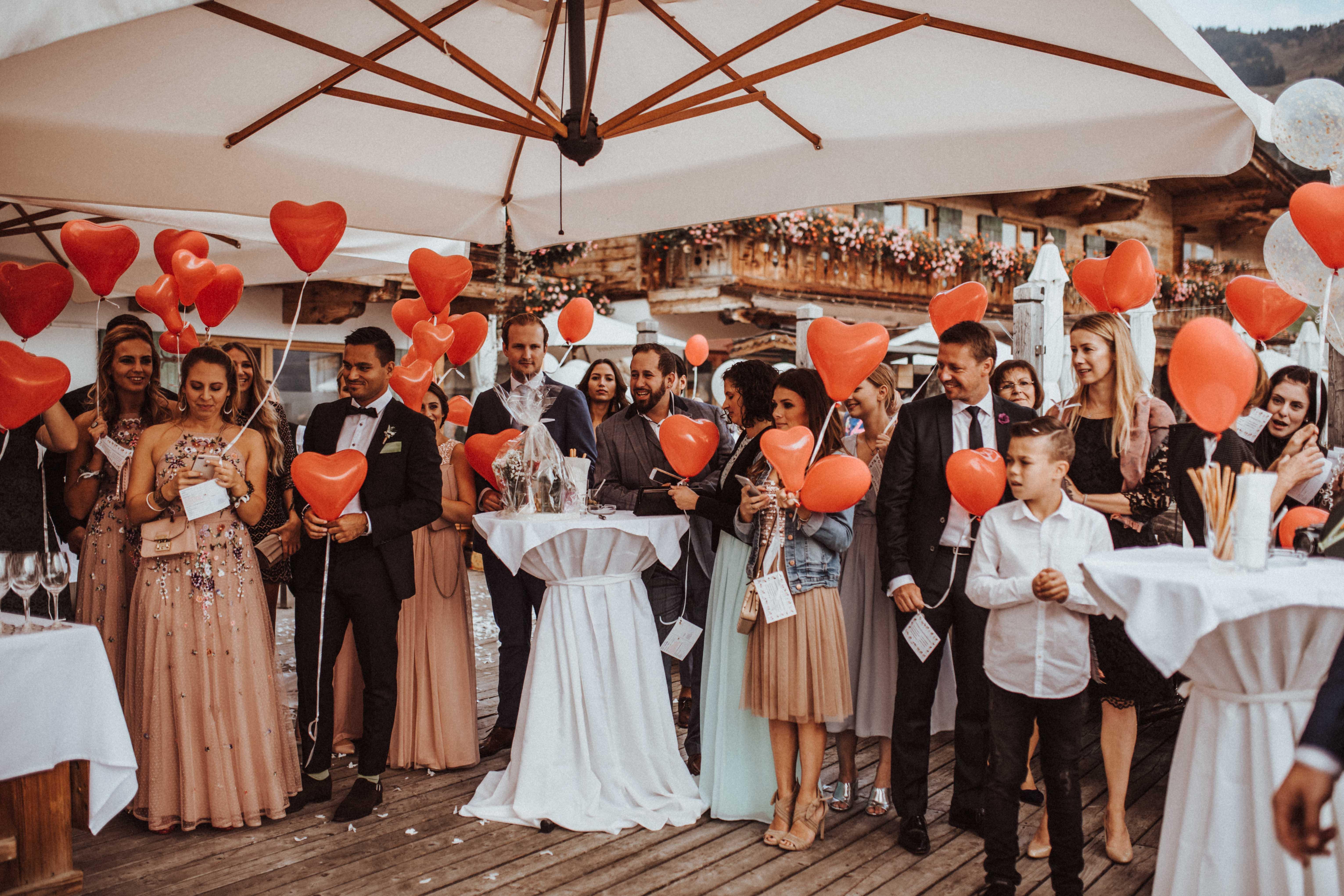 luftballons herz Sonja Pöhlmann Photography Wedding München Bayern