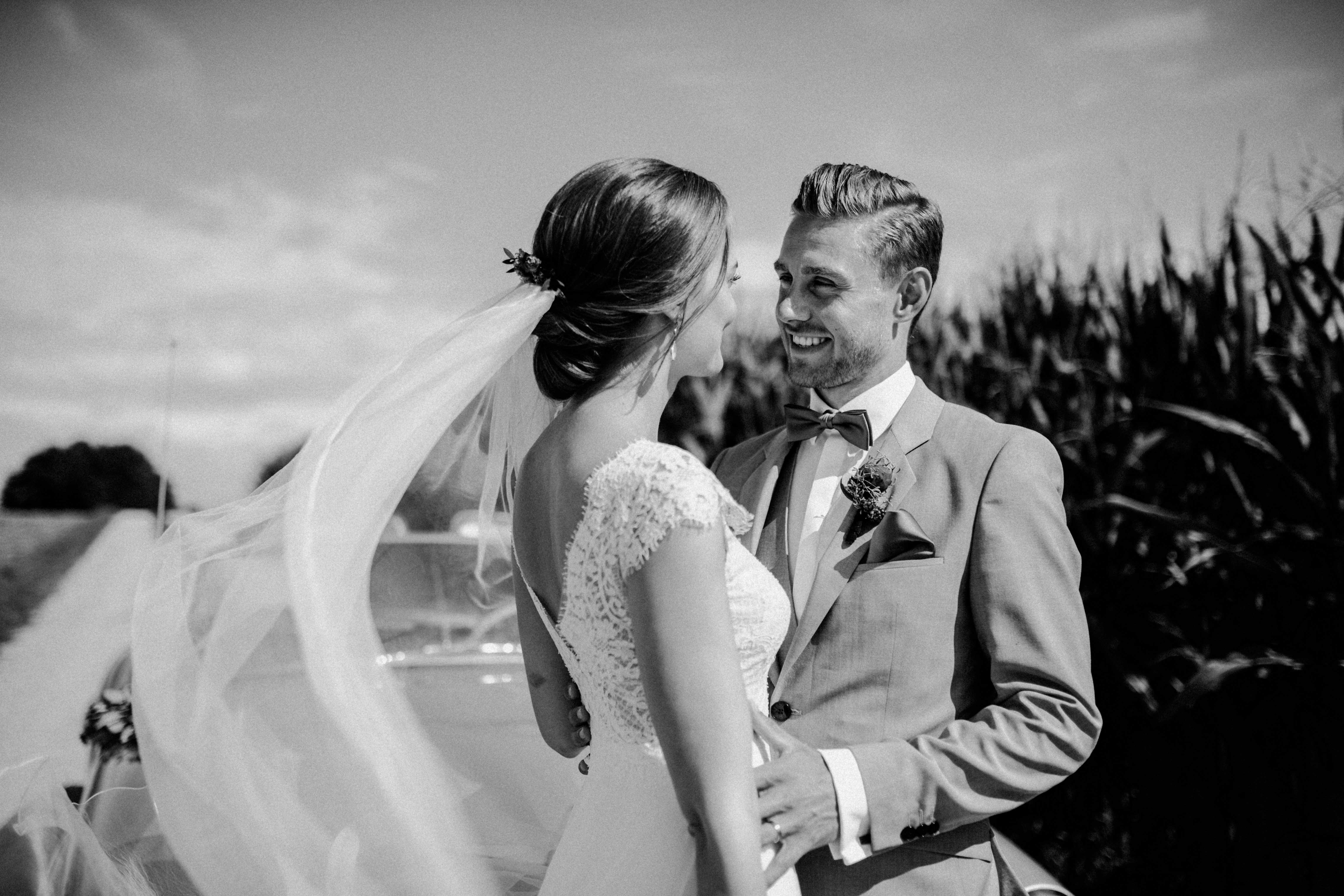 couplegoal smile sonja poehlmann photography couples muenchen bayern