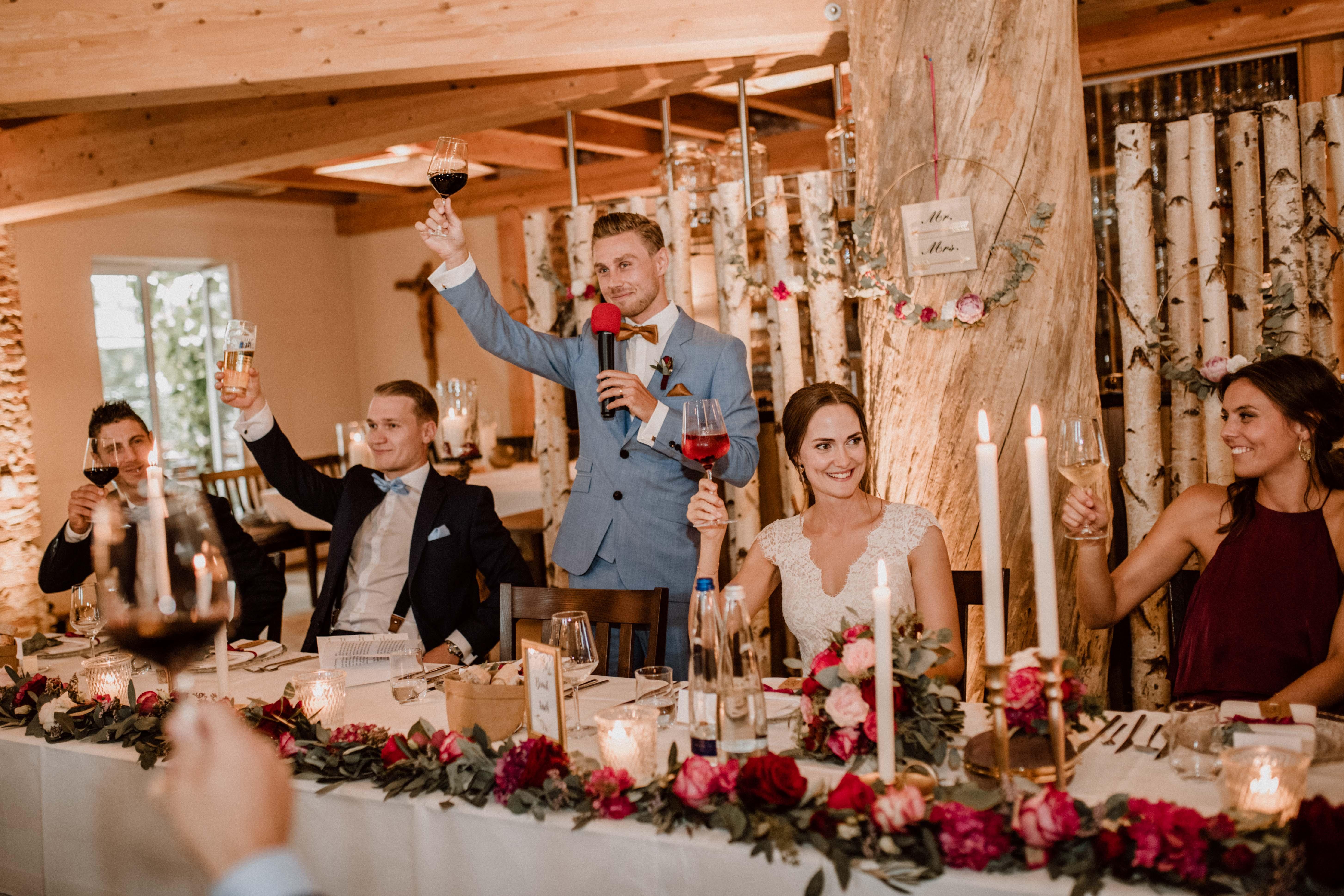 cheers wein sonja poehlmann photography wedding muenchen bayern