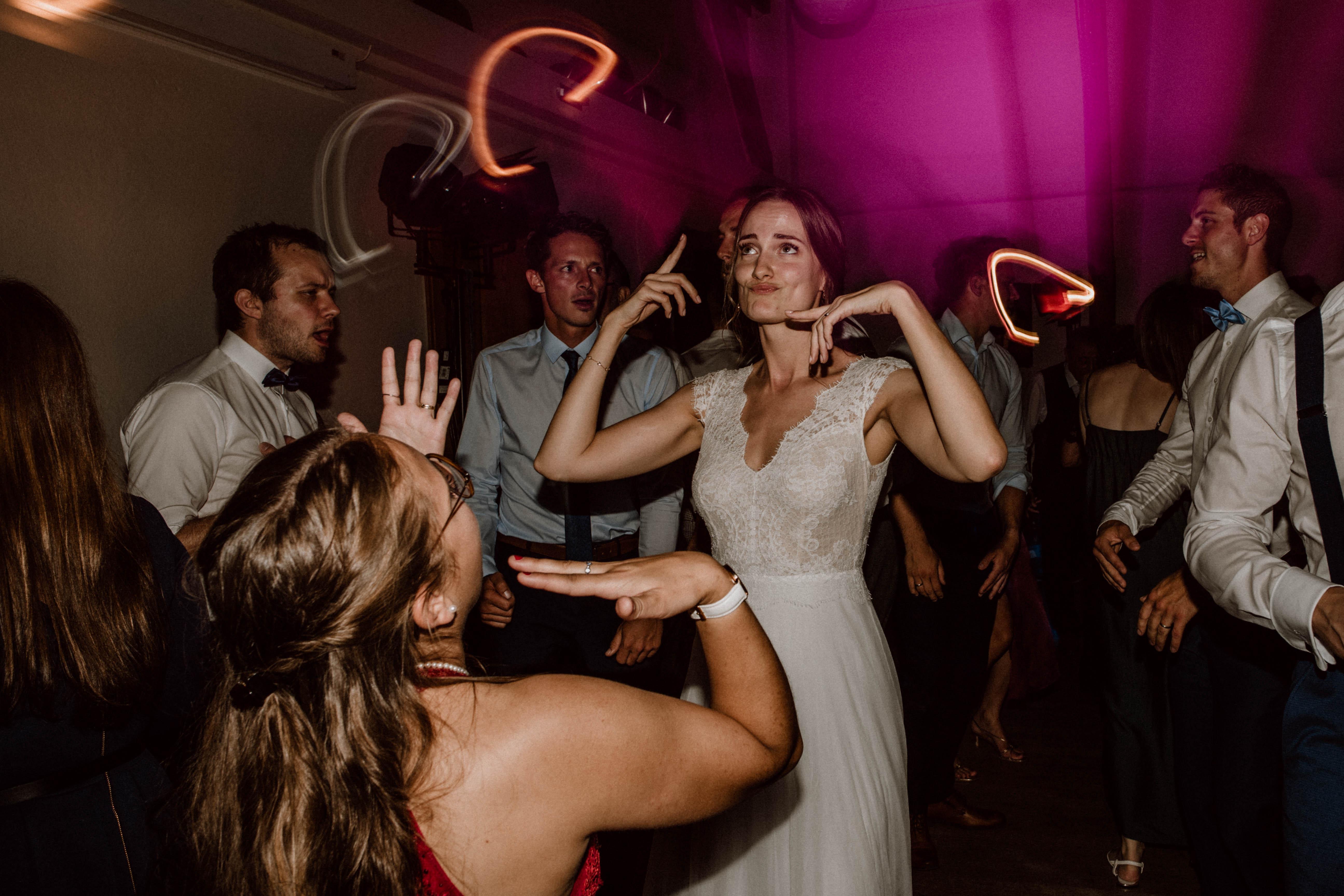 duckface partymood sonja poehlmann photography wedding muenchen bayern
